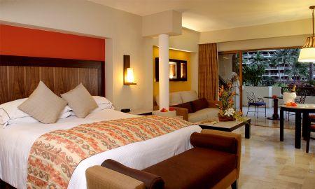 Suite Familiar - Hotel Barceló Puerto Vallarta - Puerto Vallarta