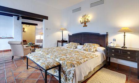 Superior Deluxe Balkon - La Bobadilla, A Royal Hideaway Hotel - Granada
