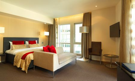Quarto Deluxe - Offered £15.00 Daily Coupon - Radisson Blu Edwardian New Providence Wharf Hotel - Londres