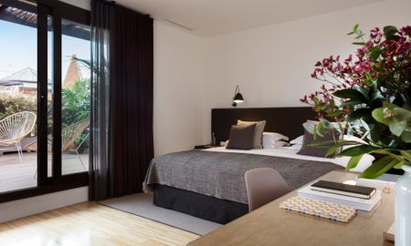 Suite Junior Terrasse - Alexandra Barcelona Hotel, Curio Collection By Hilton - Barcelone