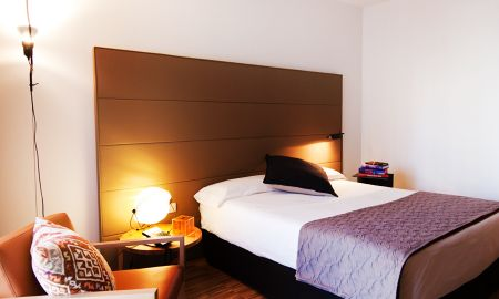Guest Twin Room - Alexandra Barcelona Hotel, Curio Collection By Hilton - Barcelone