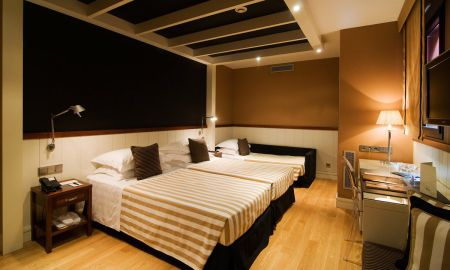 Triple Room - Hotel U232 - Barcelona