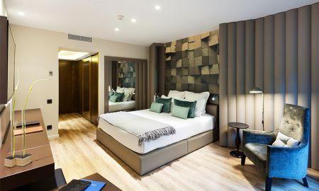 Condal Paseo de Gracia - Hotel Condes De Barcelona - Barcelona