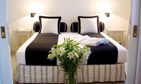 Estudio Ejecutivo - Hotel Loi Suites Recoleta - Buenos Aires