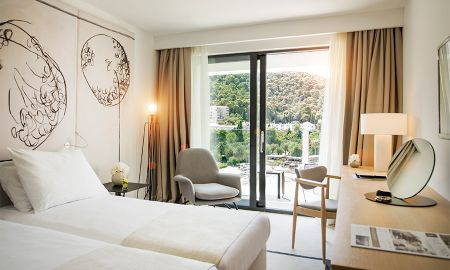 Deluxe Room with Sea View and Balcony - Hotel Kompas - Dubrovnik