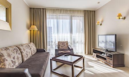 Apartamento Um Quarto com Vista à Piscina (2 Adultos) - Barceló Royal Beach - Sunny Beach