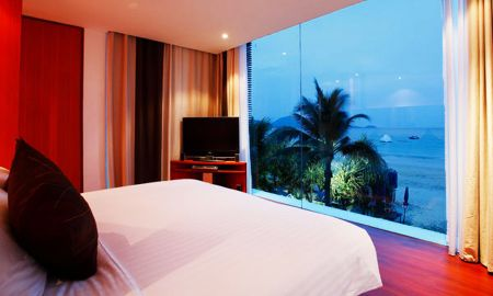 Suite Vista Mar - La Flora Resort Patong - Phuket