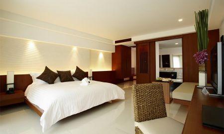 Camera Deluxe Vista Piscina - La Flora Resort Patong - Phuket