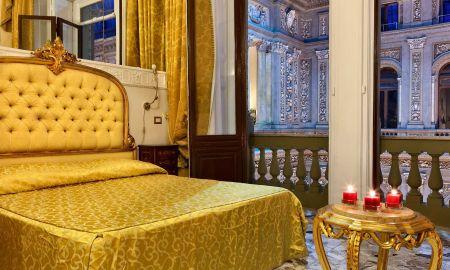 Habitación Deluxe - Hotel Art Resort Galleria Umberto - Nápoles