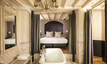 Suite - Hotel Elysées Regencia - Paris