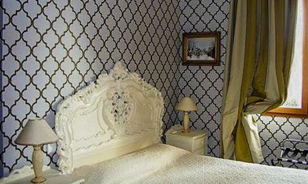 Camera Tradizione - Hotel Du Chateau De La Tour - Cannes