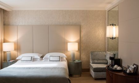 Family Triple Room - Starhotels Rosa Grand - Milan