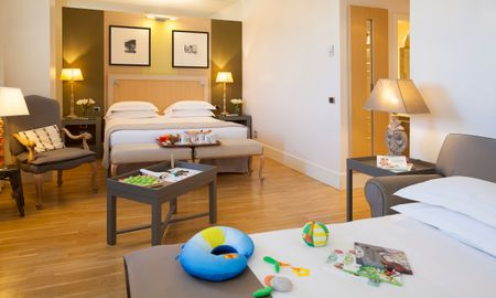 Triple Room - Starhotels Tuscany - Tuscany