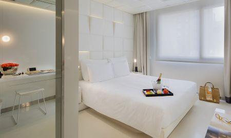 Habitación Deluxe - The Mirror Barcelona Hotel - Barcelona