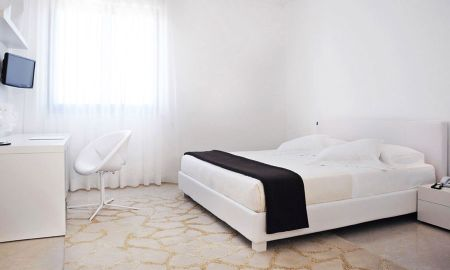 Deluxe Double Room - Hotel Pietre Nere Resort - Sicily
