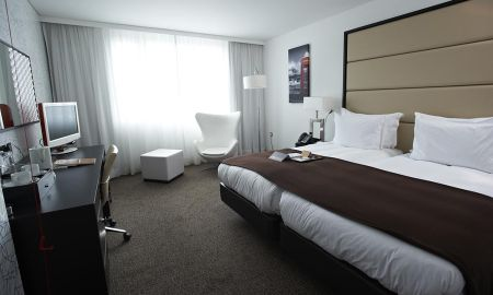 Quarto Deluxe Twin - Pestana Chelsea Bridge Hotel & Spa - Londres
