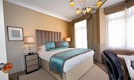 Superior Room - St. James Hotel & Club Mayfair - London
