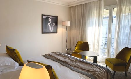 Junior Suite with Pool View - Hôtel Le Canberra - Cannes