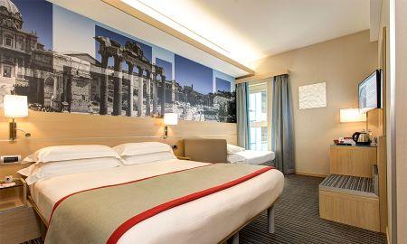 Habitación Triple - IQ Hotel Roma - Roma