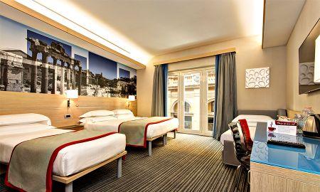 Habitación Cuádruple - IQ Hotel Roma - Roma