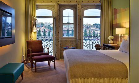 Vista Rio Vintage com Varanda - Pestana Vintage Porto Hotel - Porto