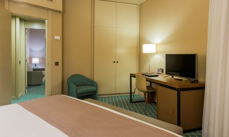 Comfort Suite - Dom Henrique Hotel - Porto
