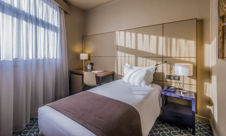 Confort Individual - Dom Henrique Hotel - Downtown - Oporto