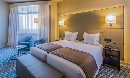 Twin Confort - Dom Henrique Hotel - Porto