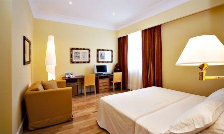 Camera Tripla Deluxe - Hotel Plaza Opéra - Sicilia