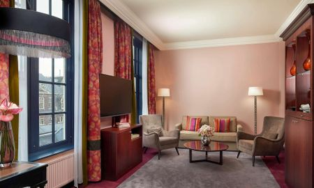 Canal House Suite - Courtyard & Canal View - Sofitel Legend The Grand Amsterdam - Amsterdam