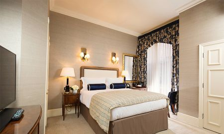 Queen Classic Room - The Stafford London - London