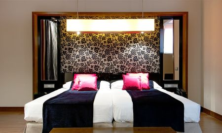 Superior Room - Vincci Soho - Madrid
