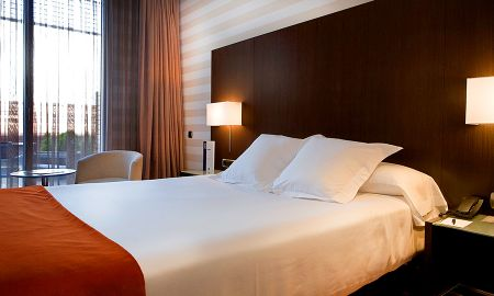 Standard Double Room - Single Use - Hotel Zenit Pamplona - Pamplona