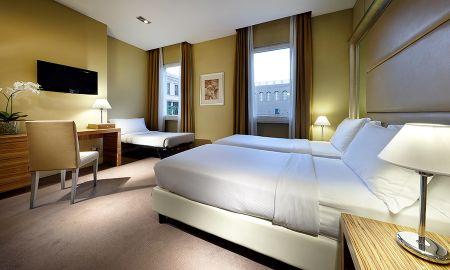 Camera Tripla - Eurostars Hotel Saint John - Roma