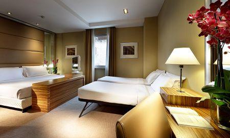 Camera familiare con 2 camere comunicanti - Eurostars Hotel Saint John - Roma