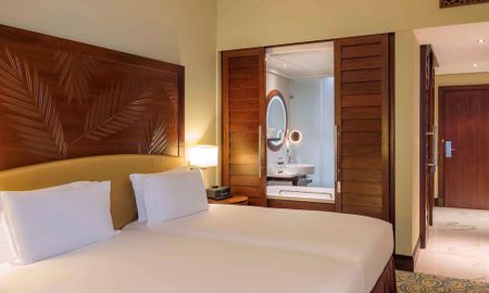 Superior Twin Room Side Sea View And Private Balcony - Sofitel Dubai Jumeirah Beach - Dubai