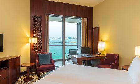 Quarto Superior King com Varanda Privada e Vista Parcial Mar - Sofitel Dubai Jumeirah Beach - Dubai