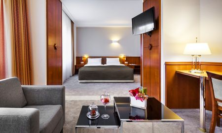 Junior Suite - Hotel Bristol Berlin - Berlin