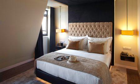 Club Room - 9Hotel Mercy - Lisbon