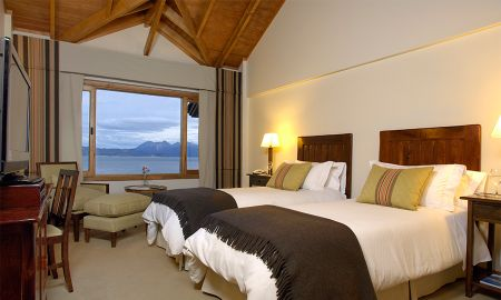 Stansardzimmer mit Aussicht über den Beagle Channel - Los Cauquenes Resort And Spa - Ushuaia