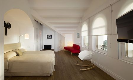 Junior Suite with Mountain View - Gran Hotel La Florida - Barcelona