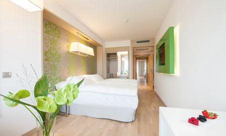 Family Room - Occidental Praha Five - Prague