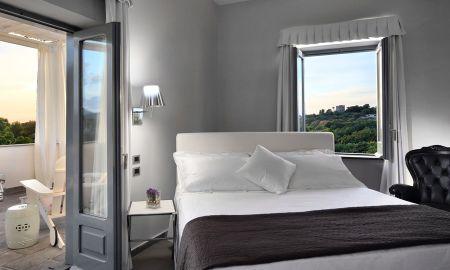 Suite Terraza - Vista Mar - La Suite Hotel & Spa - Isla De Procida