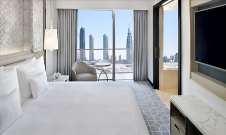 Club Room - Address Dubai Mall - Dubai
