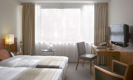 Classic Twin Room - K+K Hotel George - London