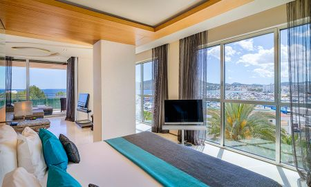 Gran Corner Suite - Sea View (2 Adults) - Aguas De Ibiza Lifestyle & Spa GL - Balearic Islands