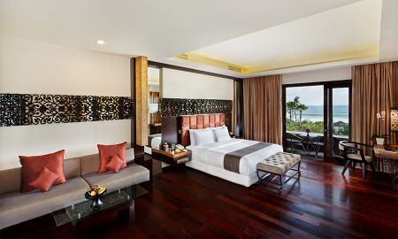 Suite - Ocean Side - The Seminyak Beach Resort & Spa - Bali