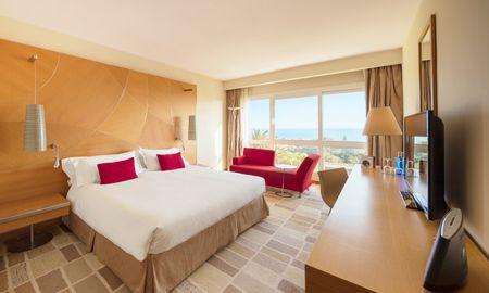Superior Room - Frontal Sea View - Don Carlos Leisure Resort & Spa - Marbella