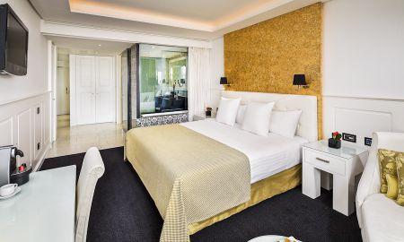 Premium Room - RedLevel - Gran Melia Colon - Seville