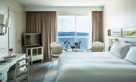 Classic Room - Sea View & Balcony - Sofitel Golfe D'Ajaccio Thalassa Sea & Spa - Ajaccio